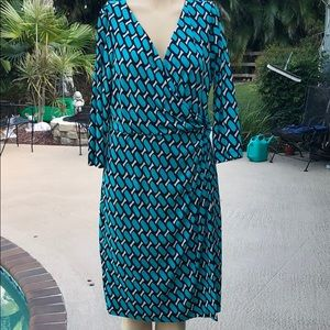 Beautiful Faux Wrap Maggie London Dress sz 12